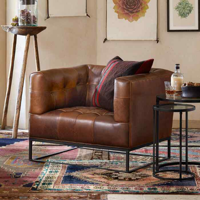 HUGO LEATHER CLUB CHAIR