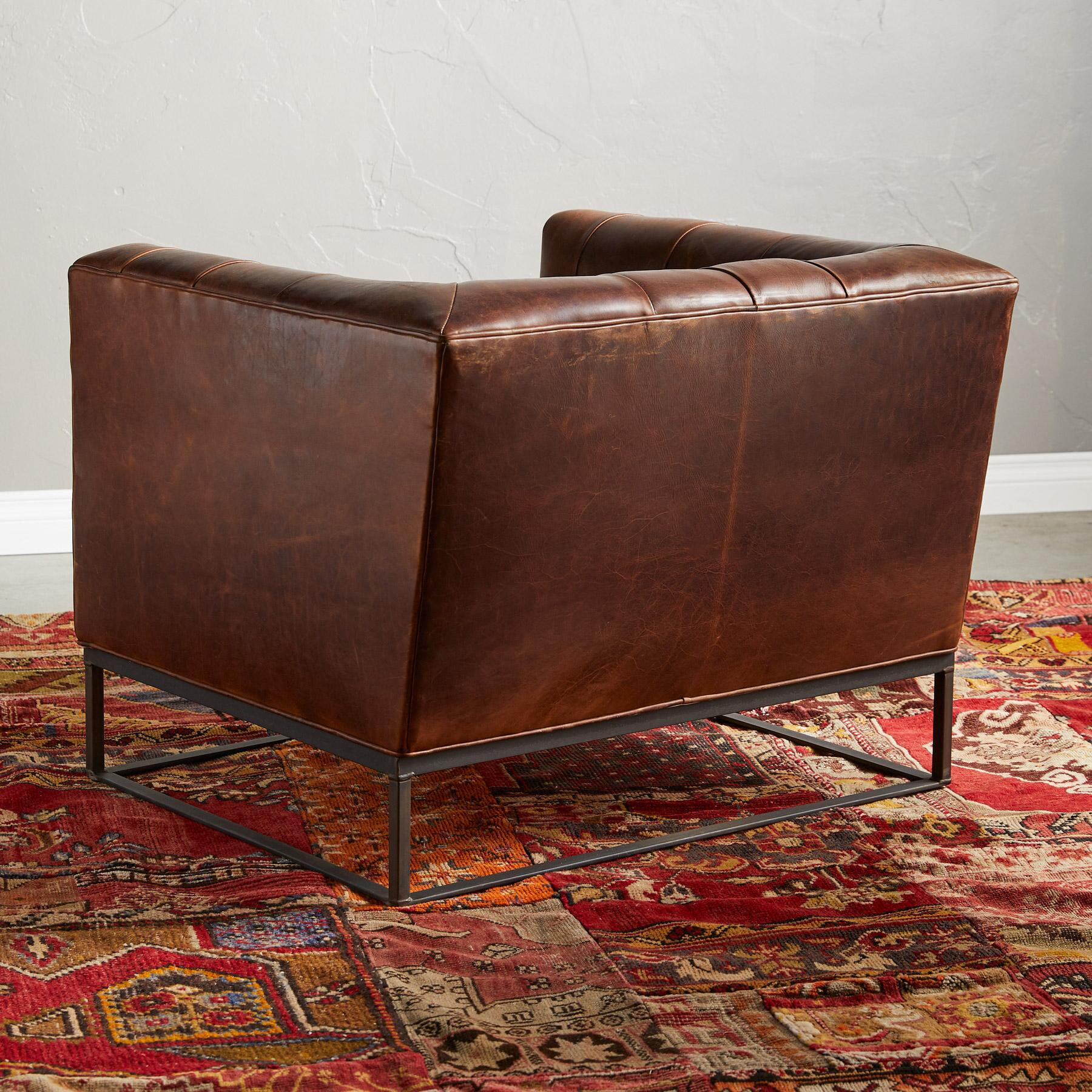 HUGO LEATHER CLUB CHAIR: View 2
