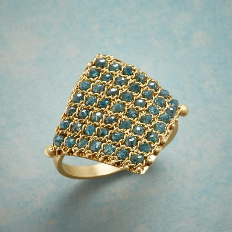 DIAMOND TAPESTRY RING