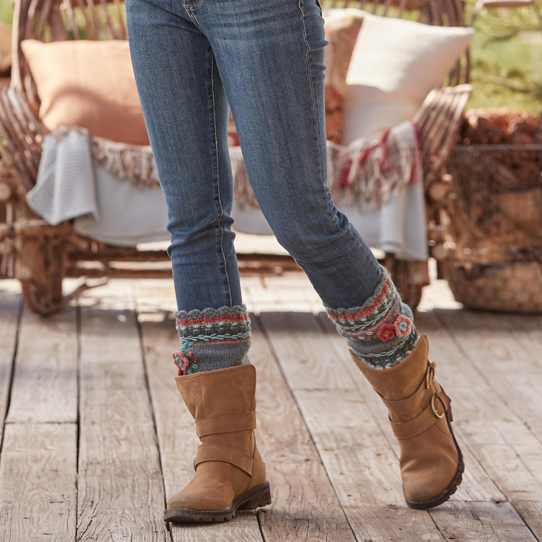 POSIE BOOT CUFFS: View 2