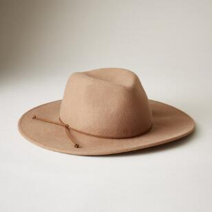HEARTLAND SONG HAT