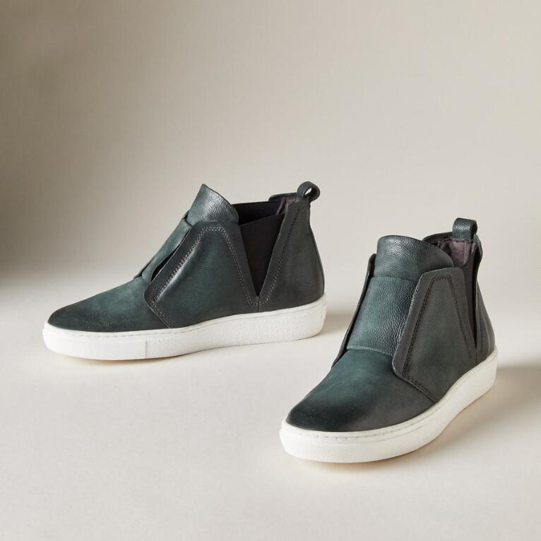 EAST SIDE SHOES