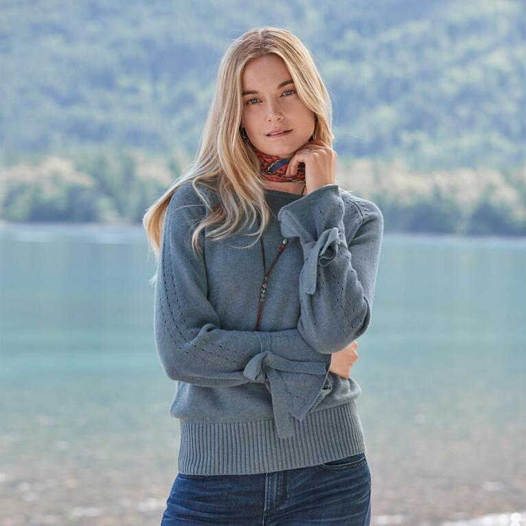 ARYKA SWEATER