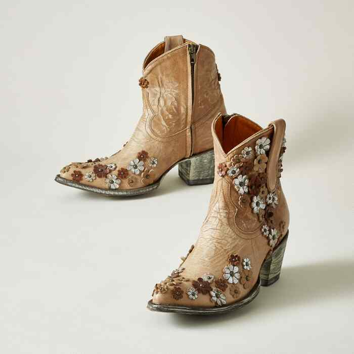 HIPPY DANCE BOOTS