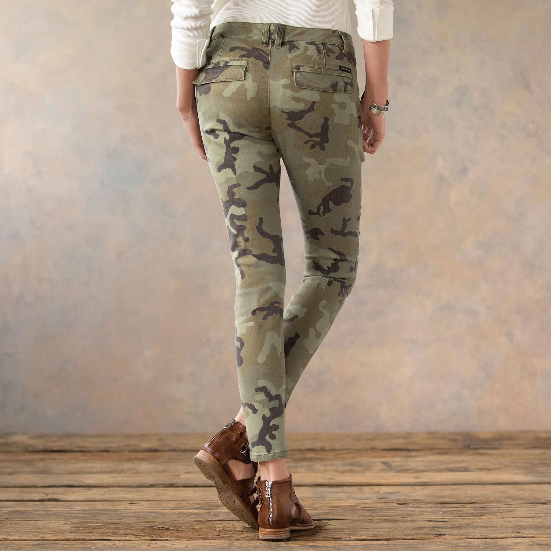 COOL IN CAMO SKINNY PANTS: View 3