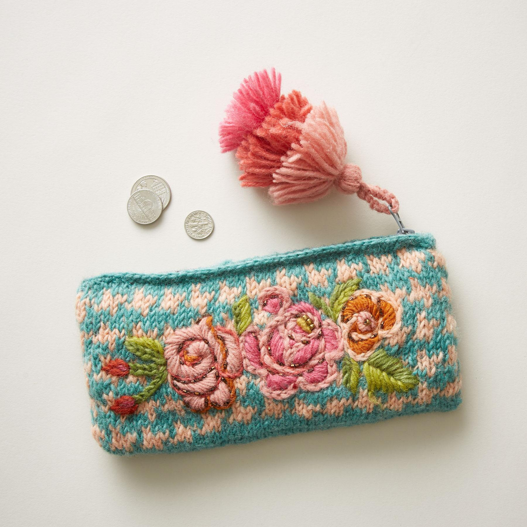 SUNLIT BLOSSOMS POUCH: View 1