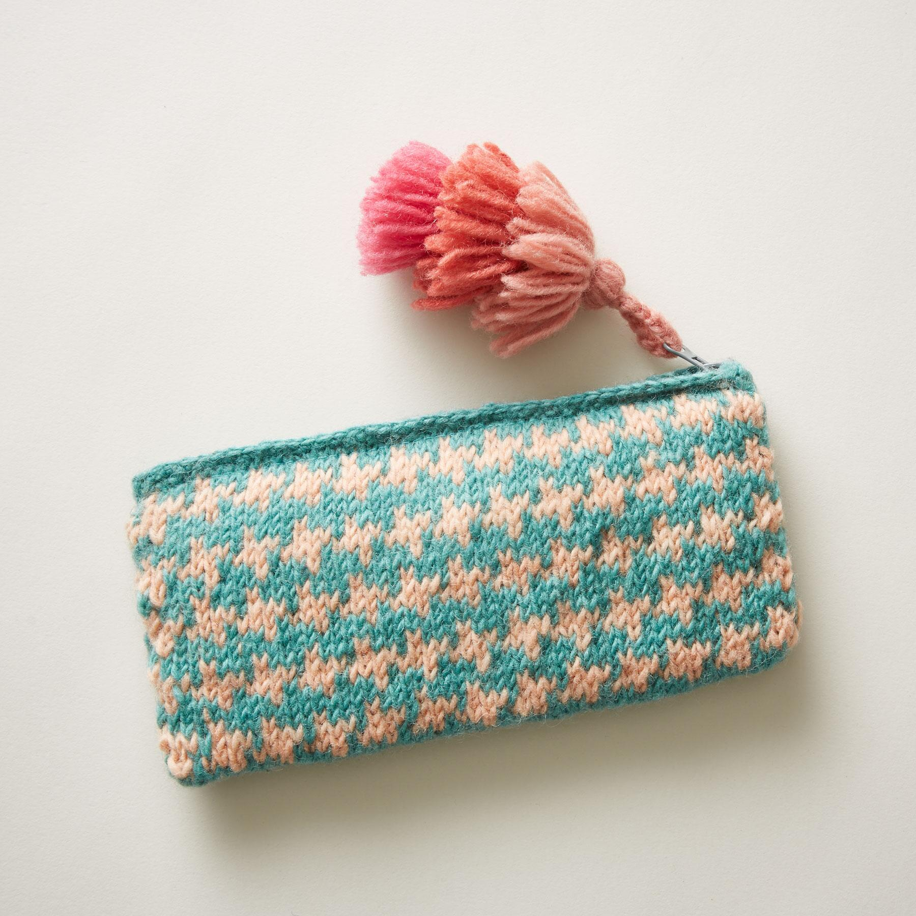 SUNLIT BLOSSOMS POUCH: View 2