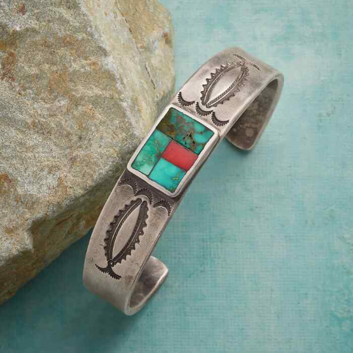 ART OF MOSAIC CUFF BRACELET