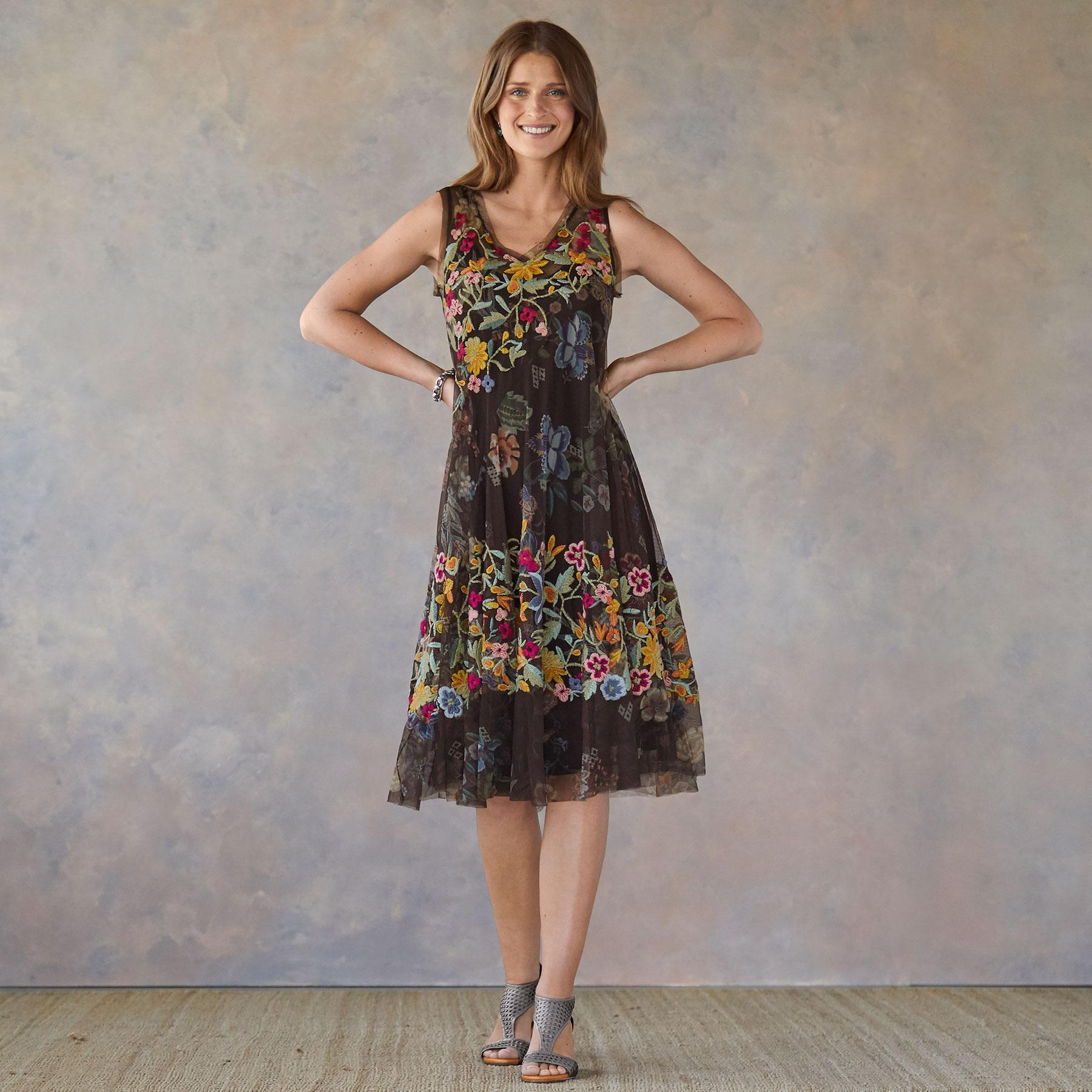 WILLOUGHBY DRESS: View 1