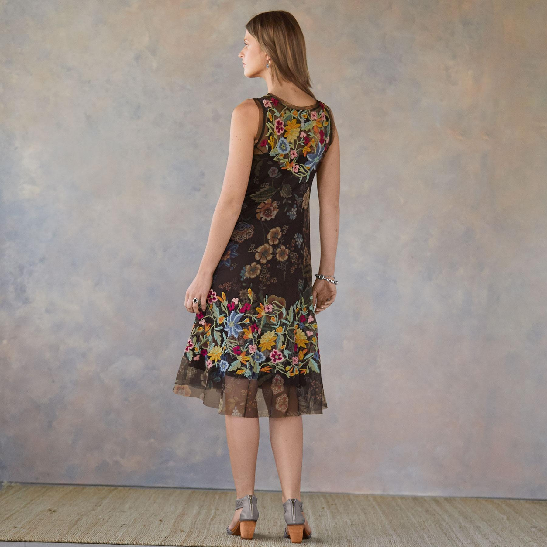 WILLOUGHBY DRESS: View 2