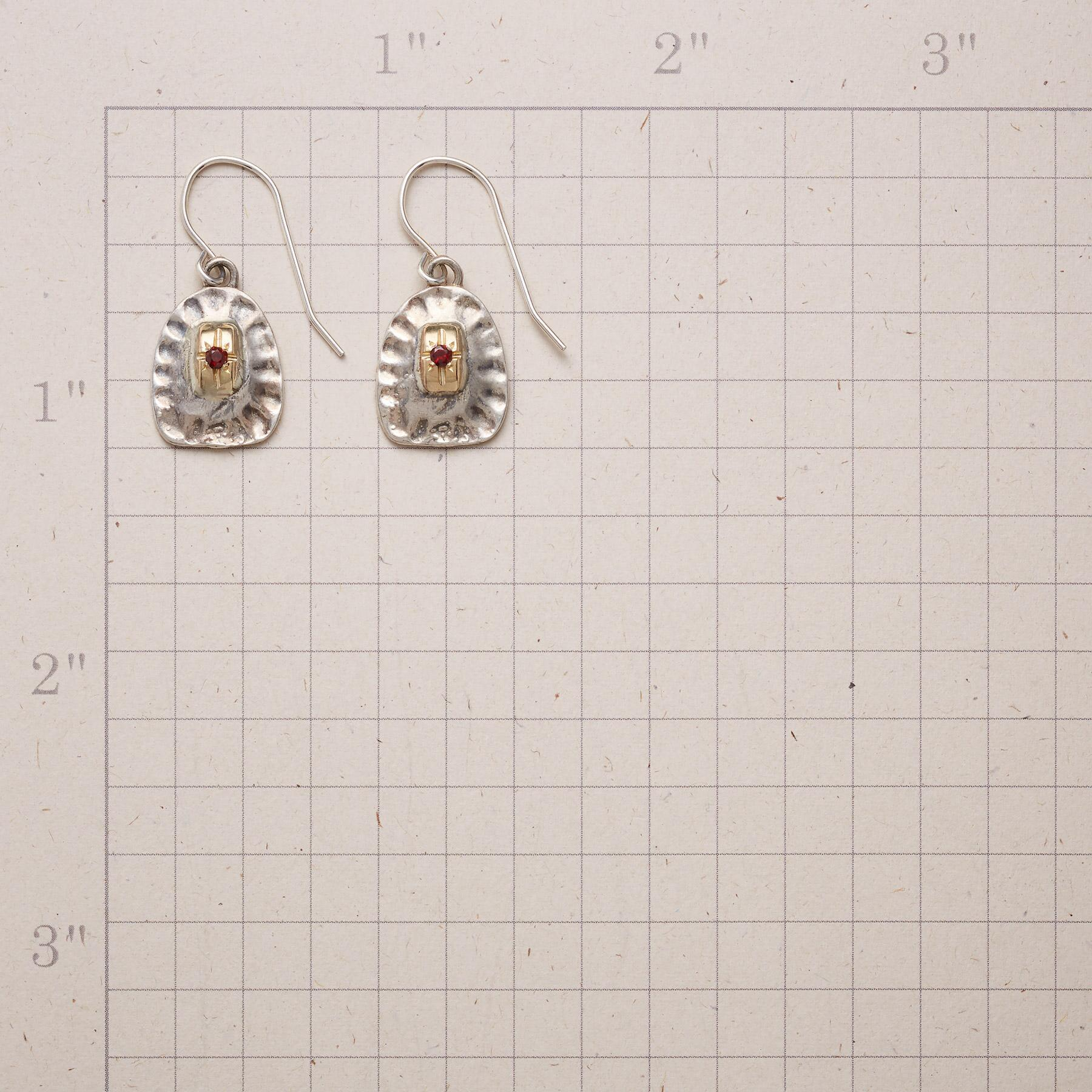 EVER PRESENT EARRINGS: View 2