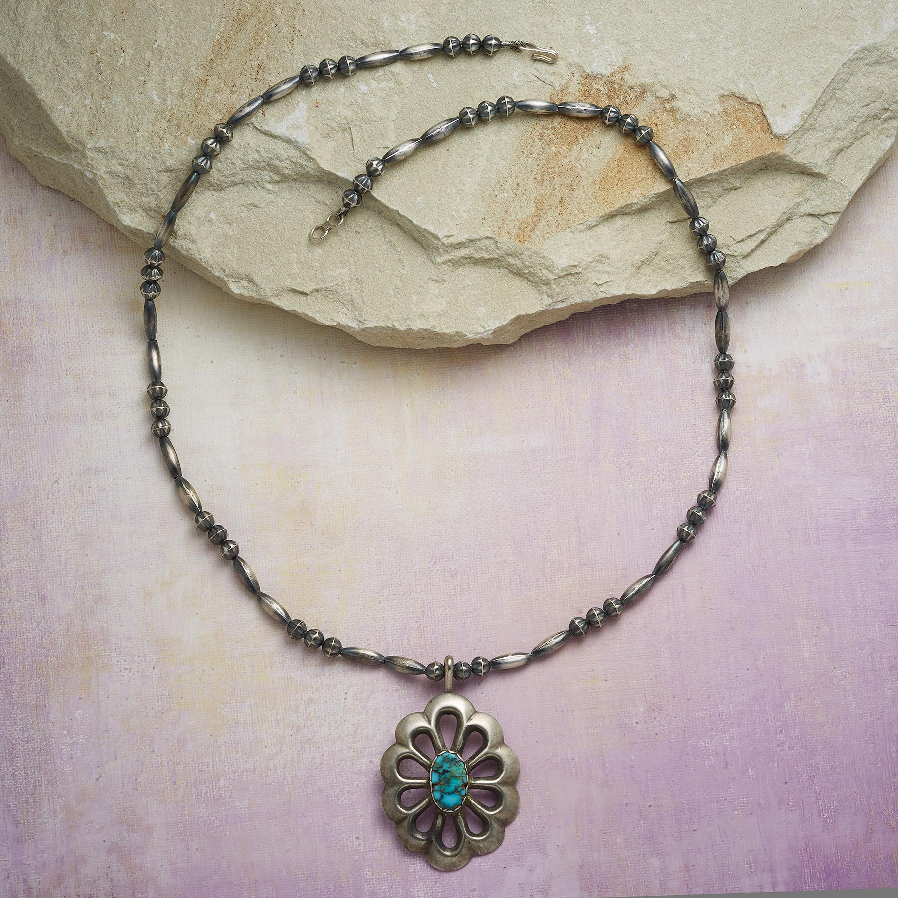 1960S CONCHA NECKLACE: View 2