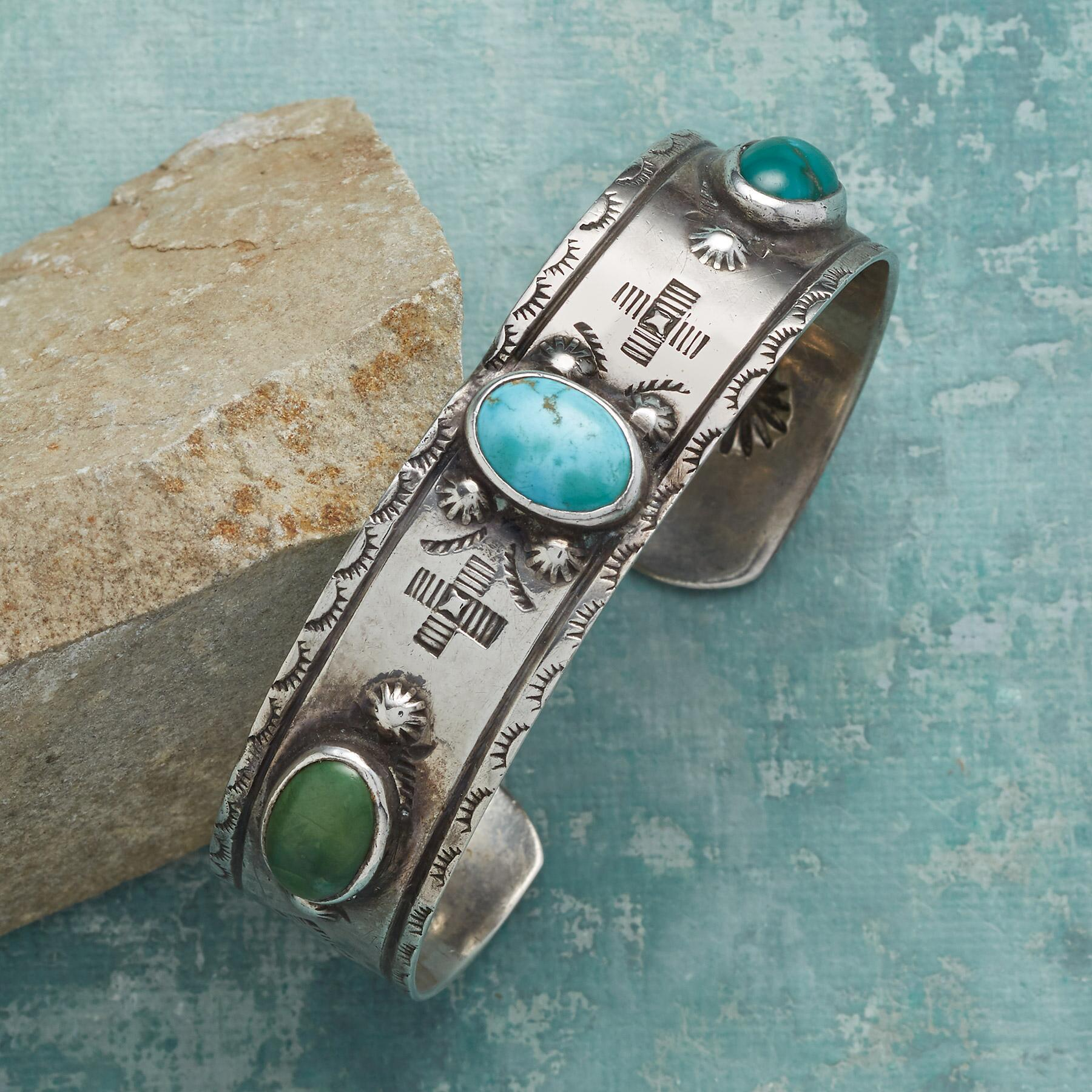 1920S TURQUOISE CUFF: View 1