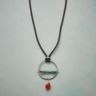 FLEETING SUMMER NECKLACE
