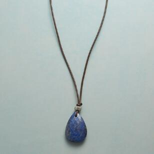 ESSENCE OF STYLE LAPIS NECKLACE