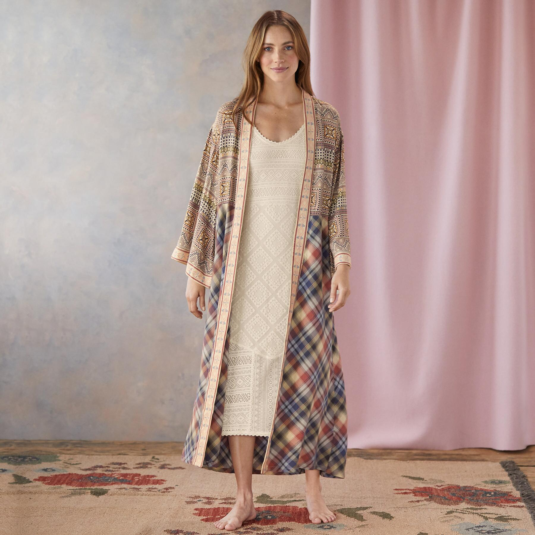 SIMPLE COMFORTS ROBE: View 1