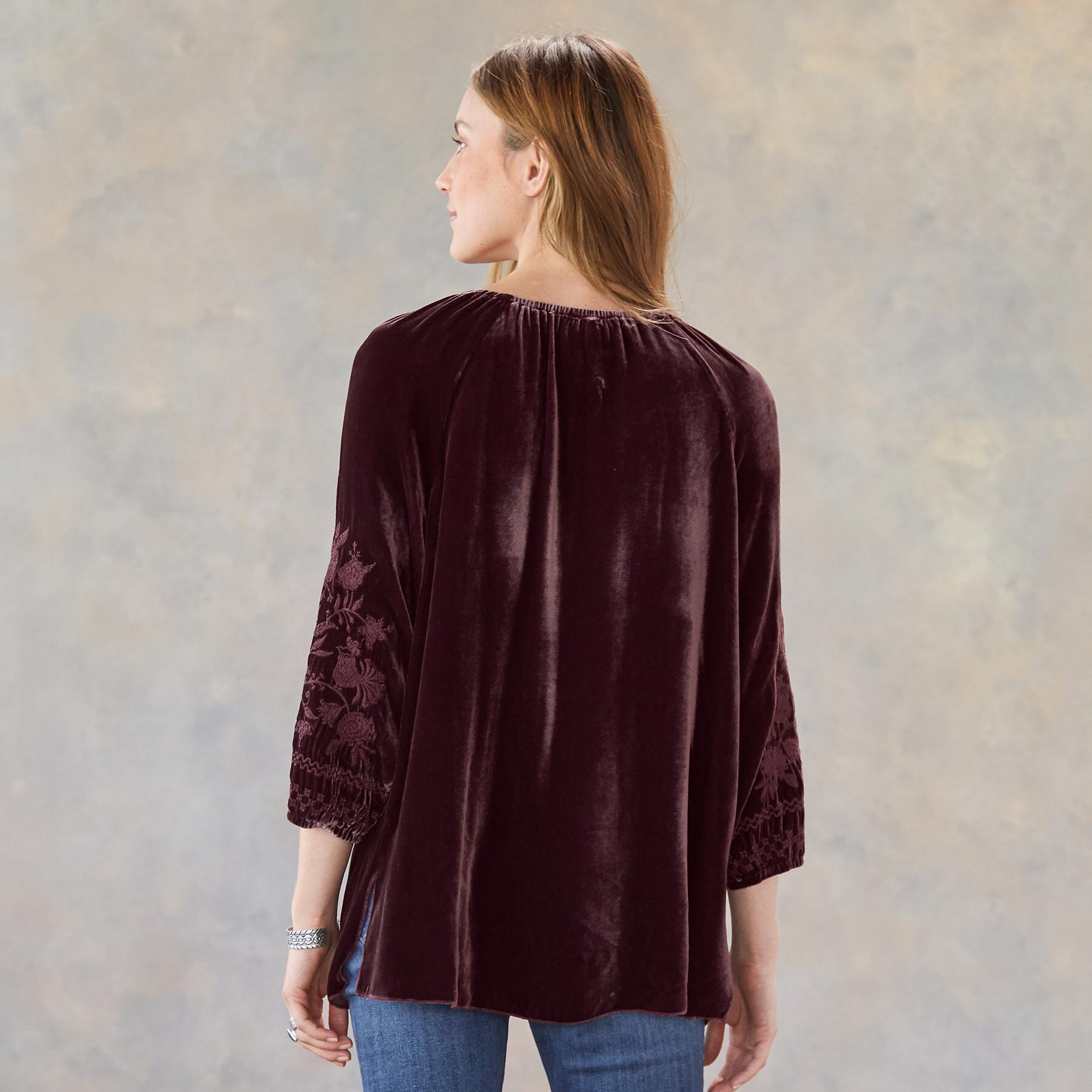 LADY CATHERINE BLOUSE: View 2