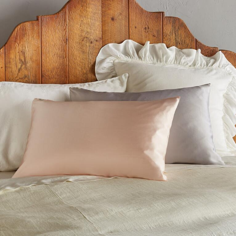 BEAUTIFUL DREAMER PILLOWCASE