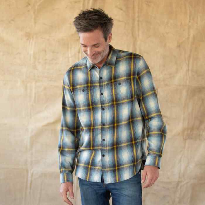 WEEKEND PLAID SHIRT