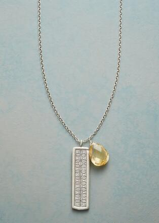 BACKSPLASH NECKLACE