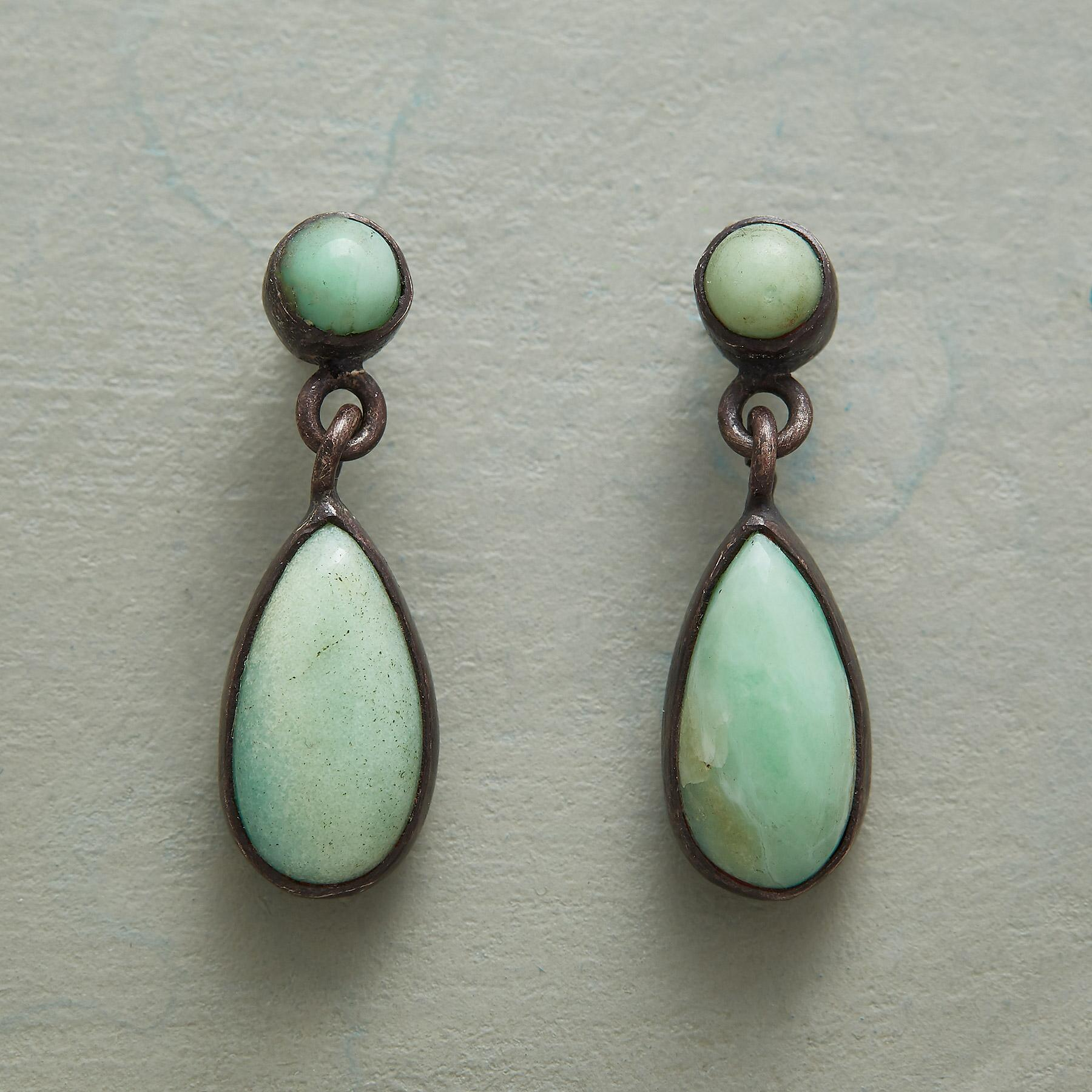 DROPLETS OF CHRYSOPRASE EARRINGS: View 1