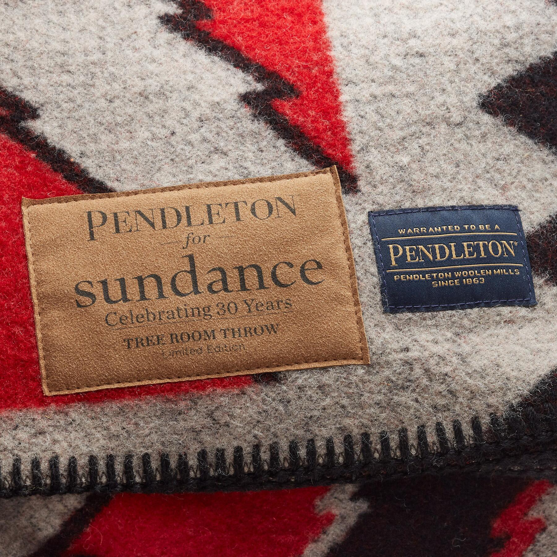 PENDLETON TREE ROOM THROW: View 4