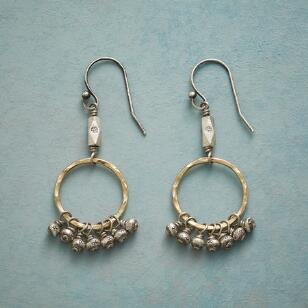 CHIC BEAD EARRINGS