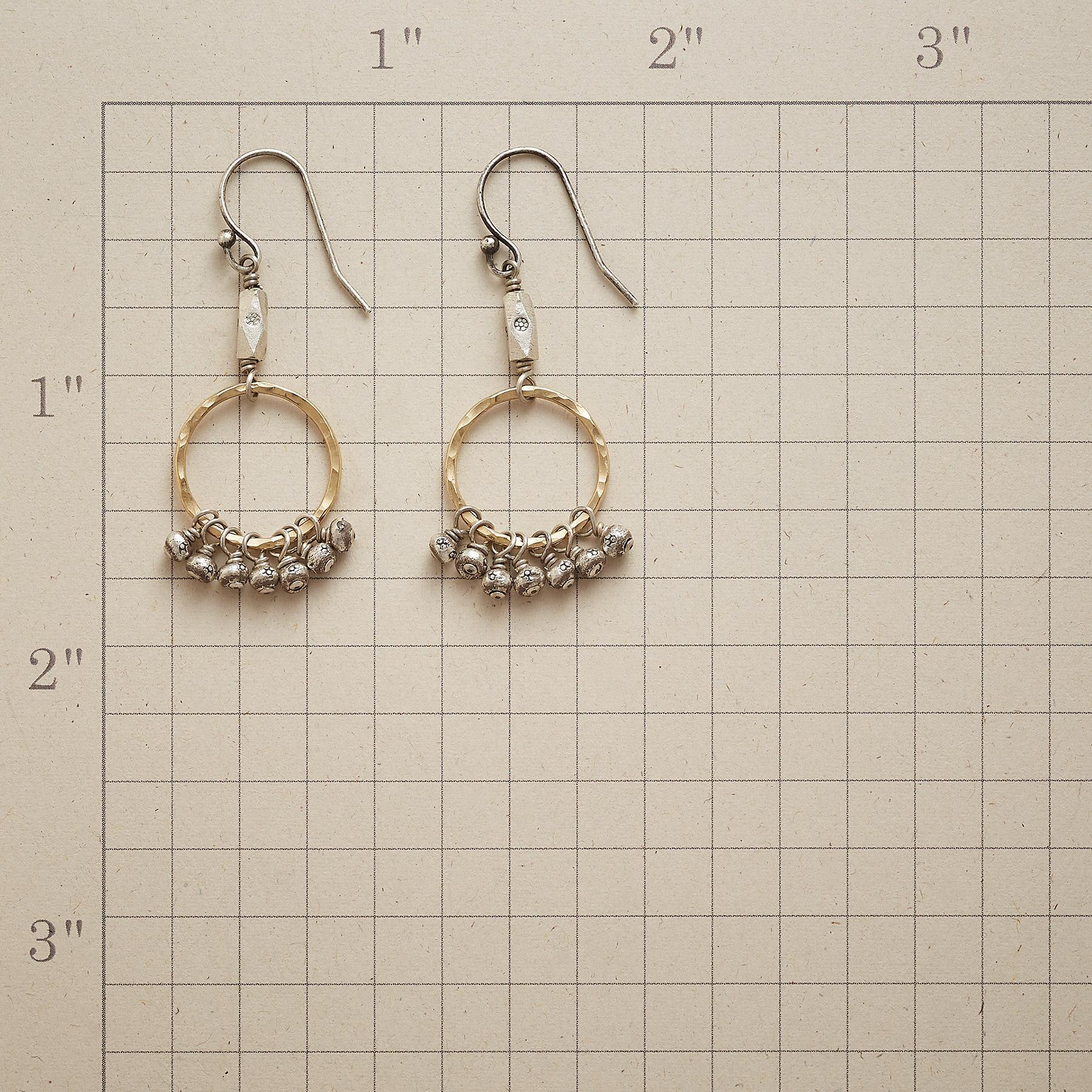 CHIC BEAD EARRINGS: View 2