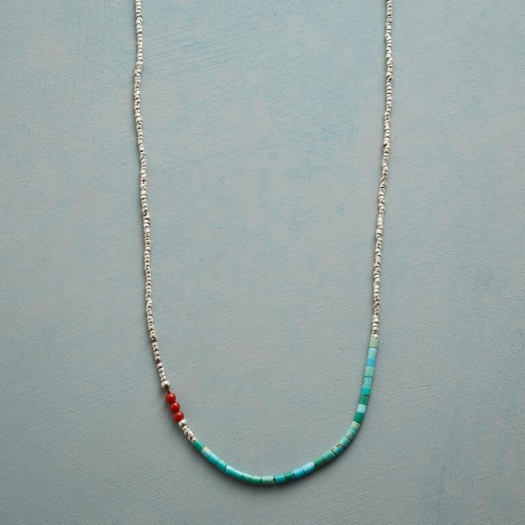 COMPLIMENTARY COLORS NECKLACE