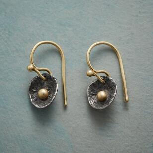 DEW DROPLET EARRINGS