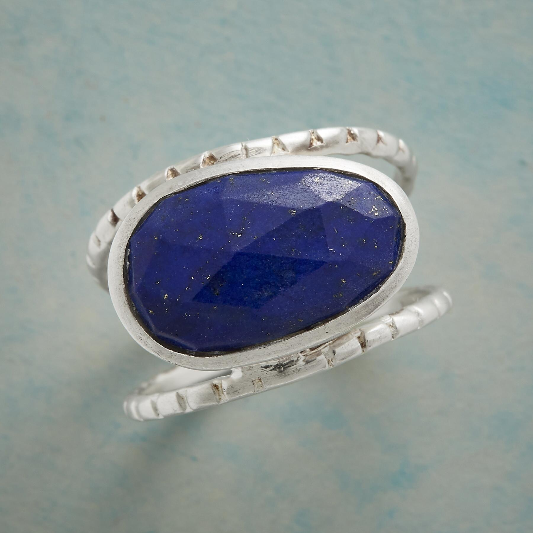 BLUE BETWEEN RING: View 2