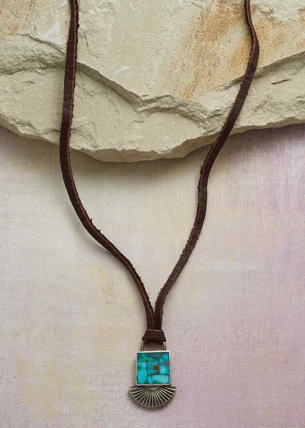 INLAID TURQUOISE NECKLACE