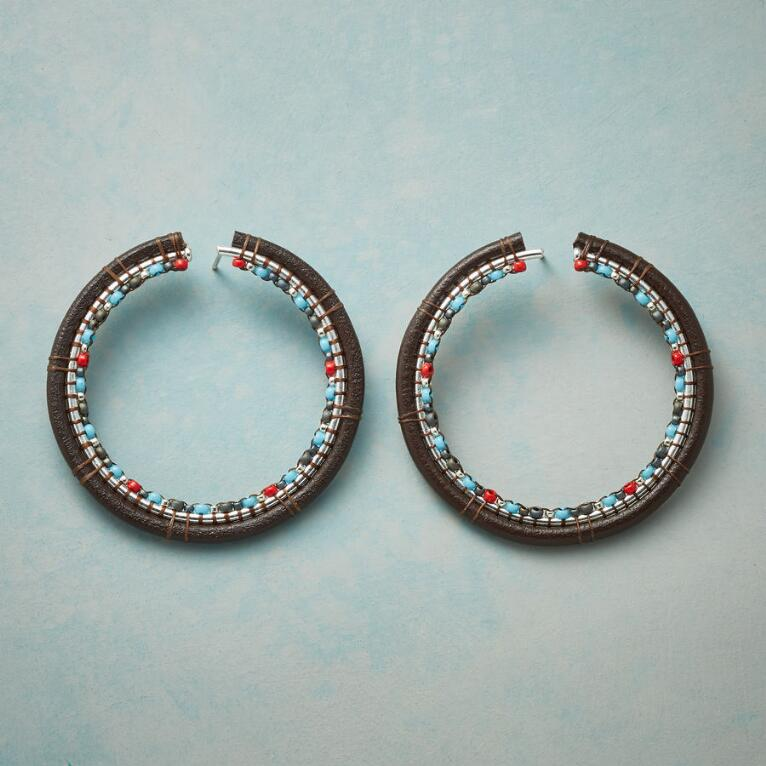 TRAVERSE HOOP EARRINGS