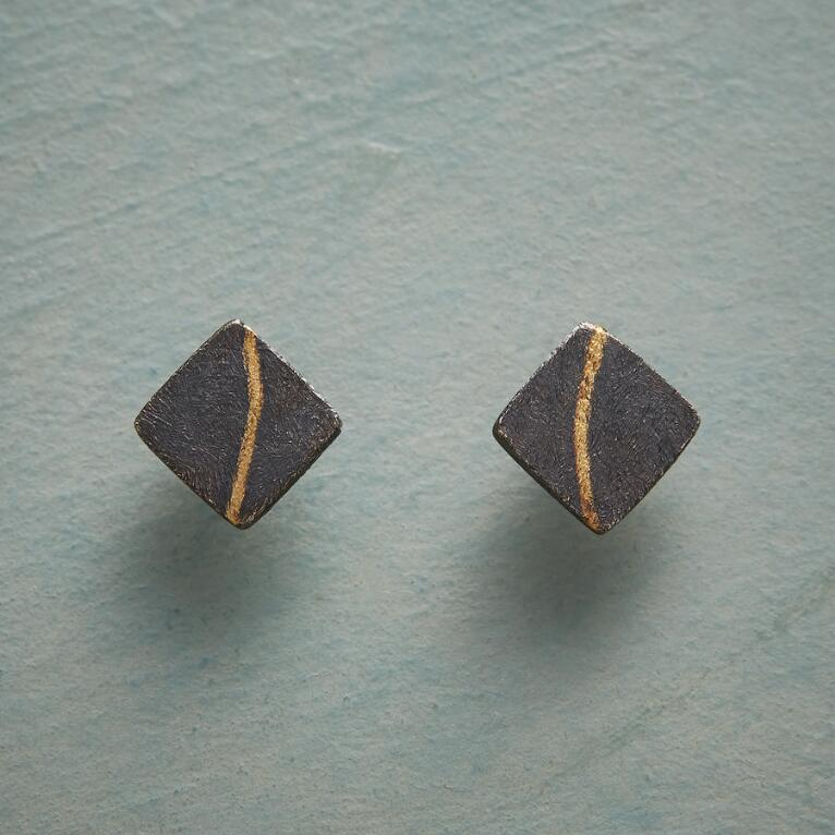 SUBTLE STRIKE EARRINGS