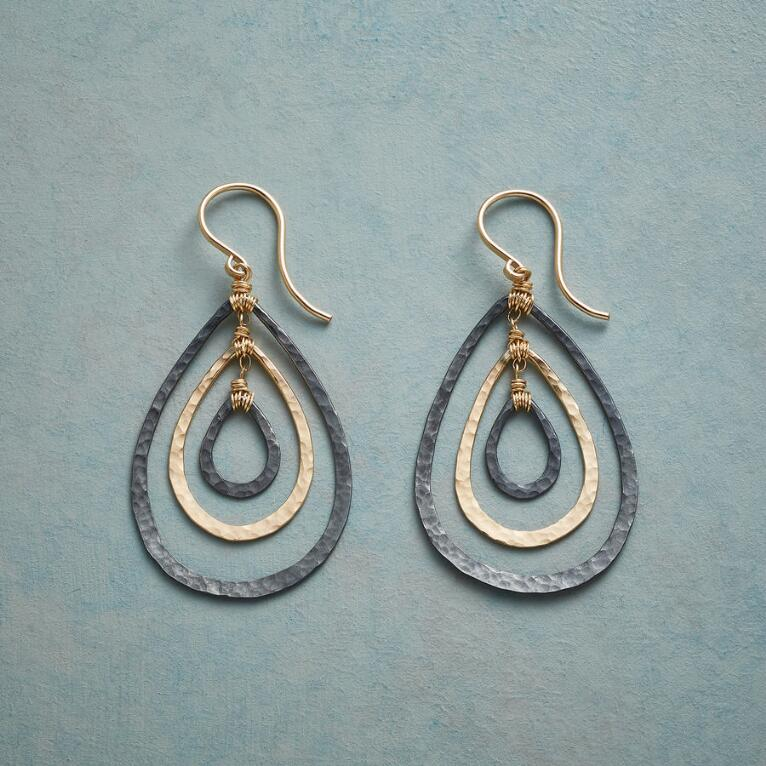 TEARDROP TRIO EARRINGS