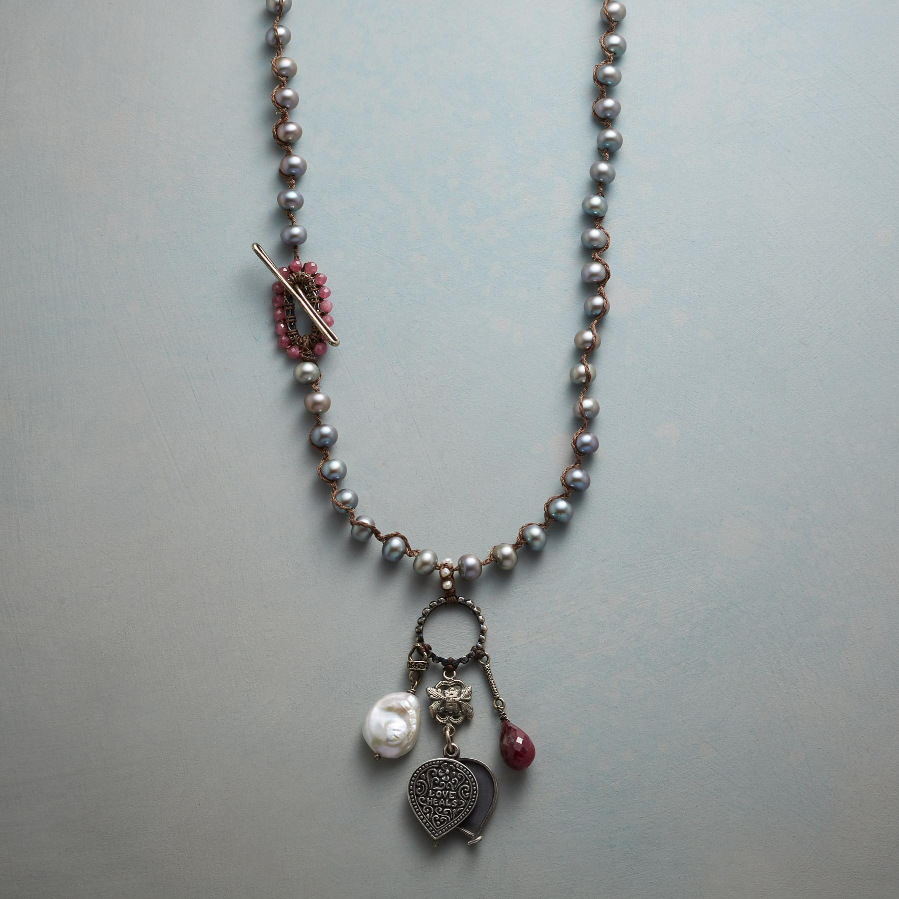 CHARMING PEARL NECKLACE: View 1
