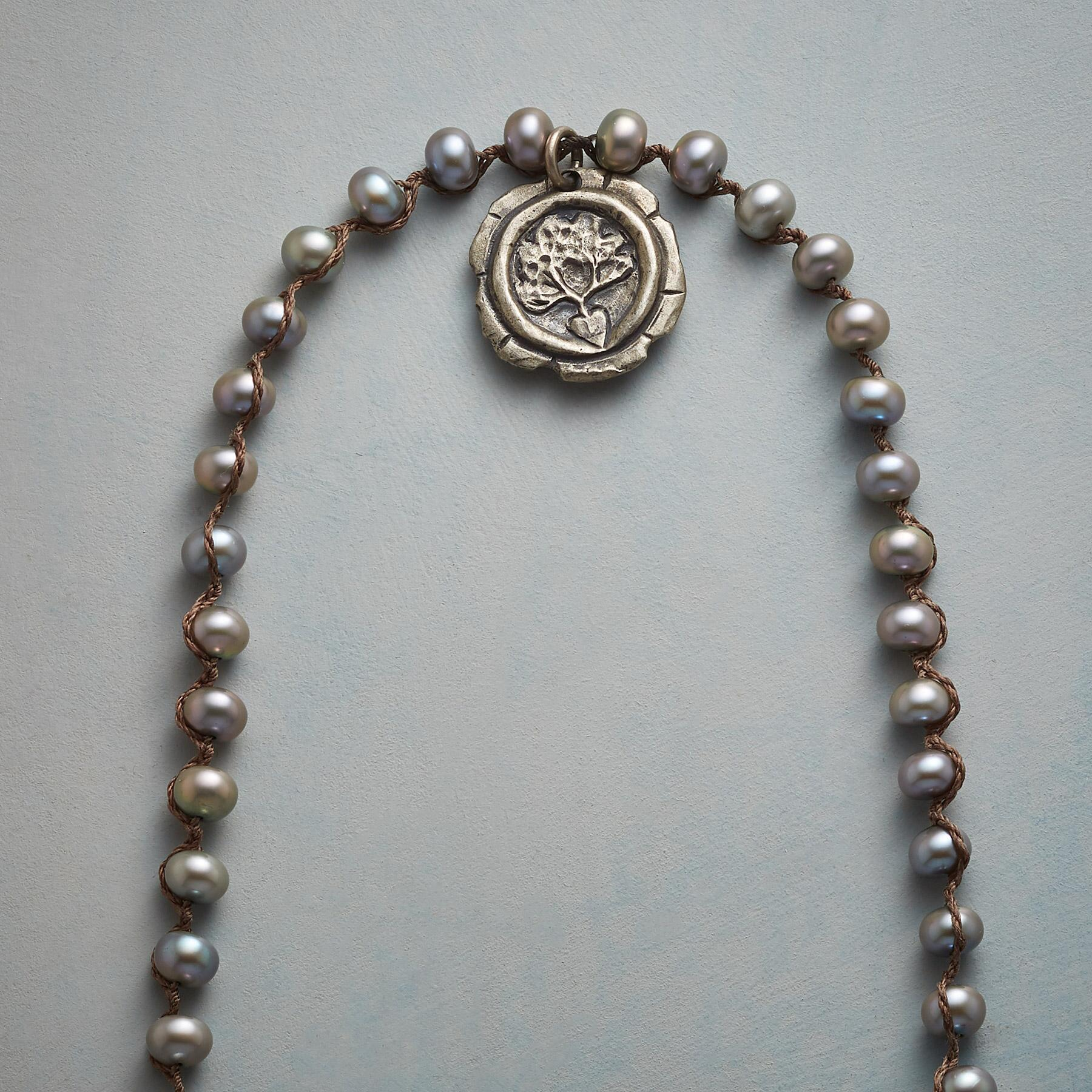 CHARMING PEARL NECKLACE: View 3