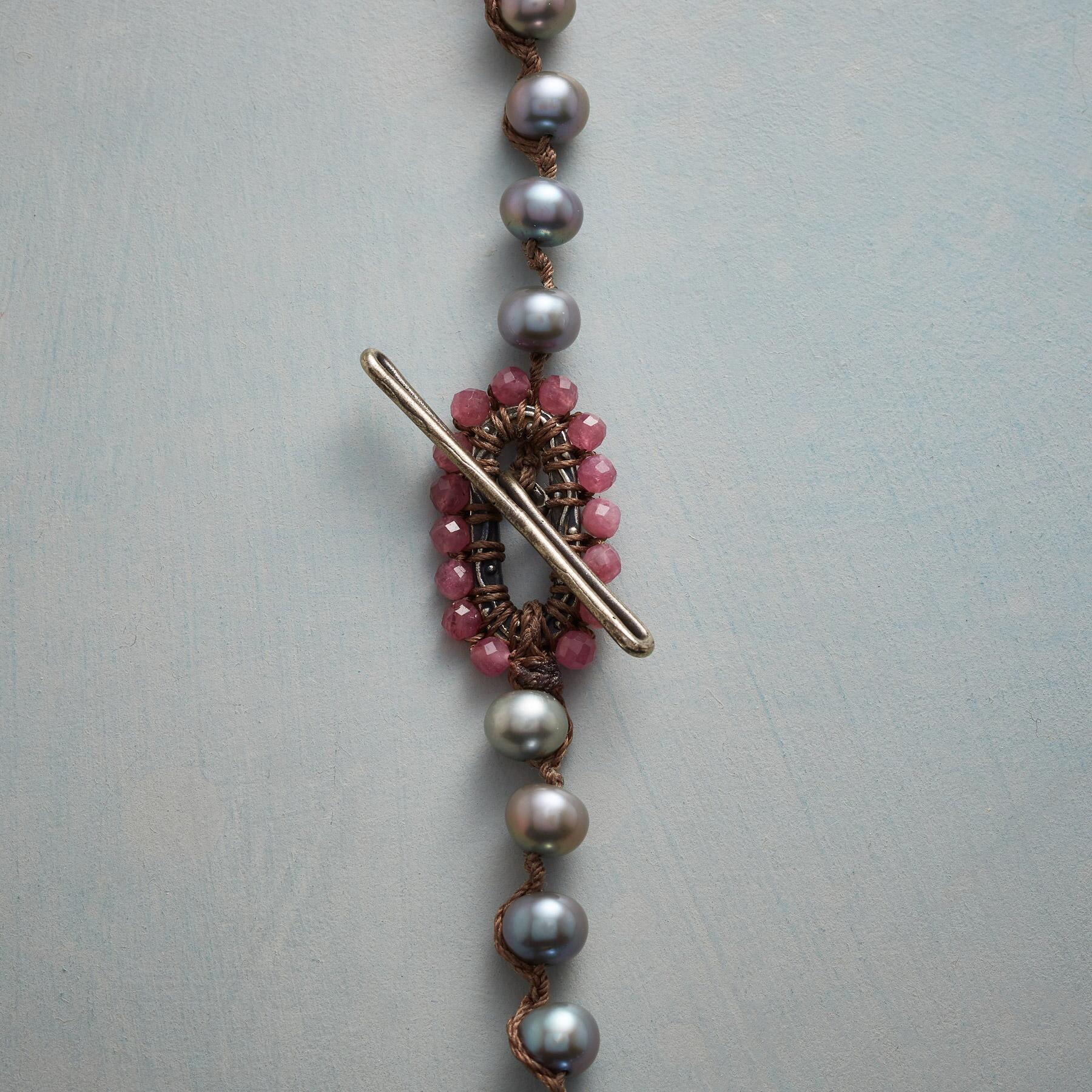 CHARMING PEARL NECKLACE: View 4