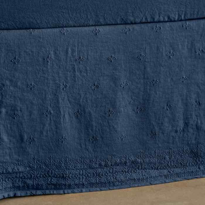 GOSSAMER LINEN EMBROIDERY BEDSKIRT