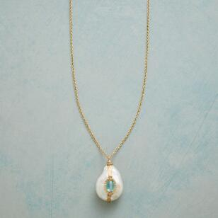 GIFT OF PEARL NECKLACE