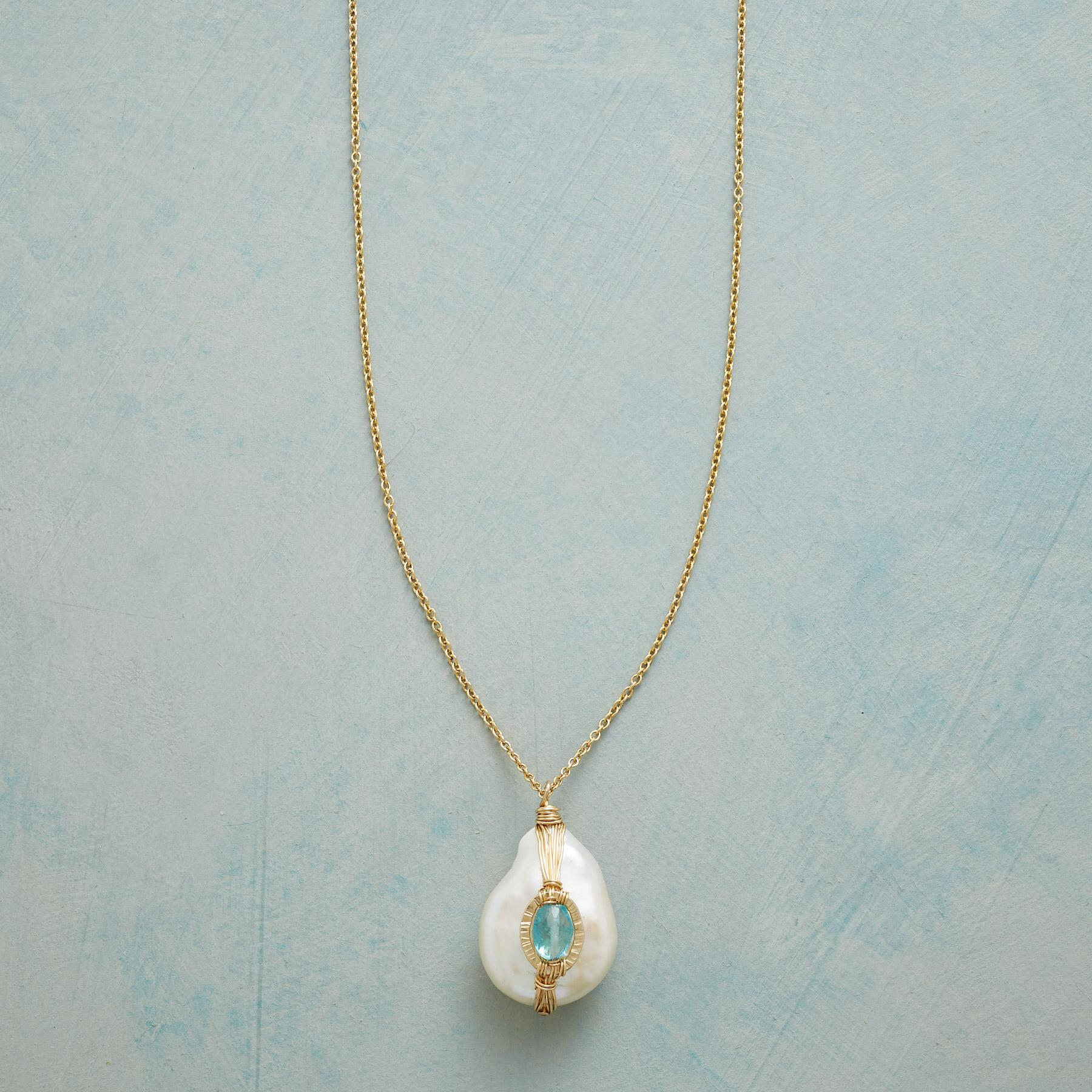 GIFT OF PEARL NECKLACE: View 1