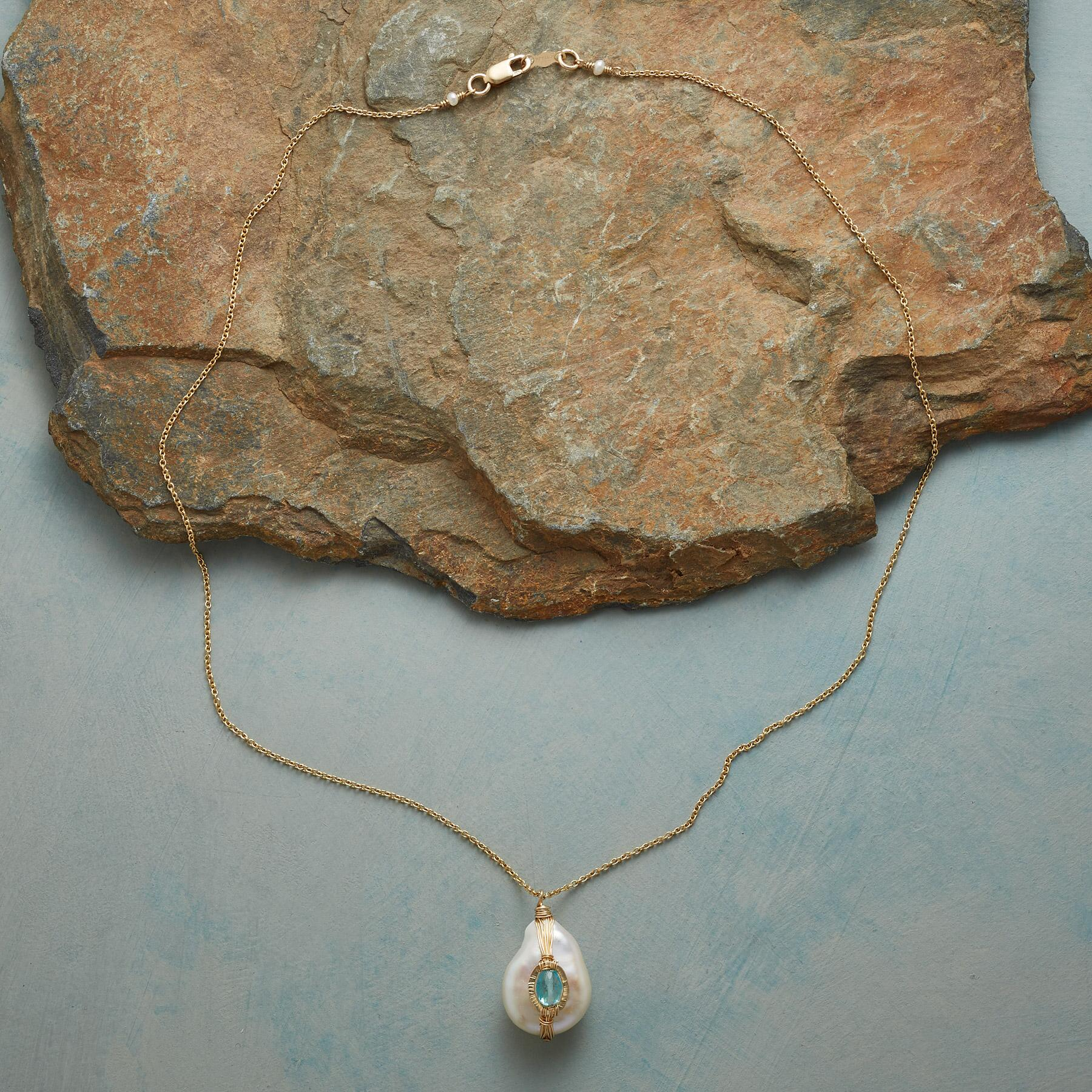 GIFT OF PEARL NECKLACE: View 2