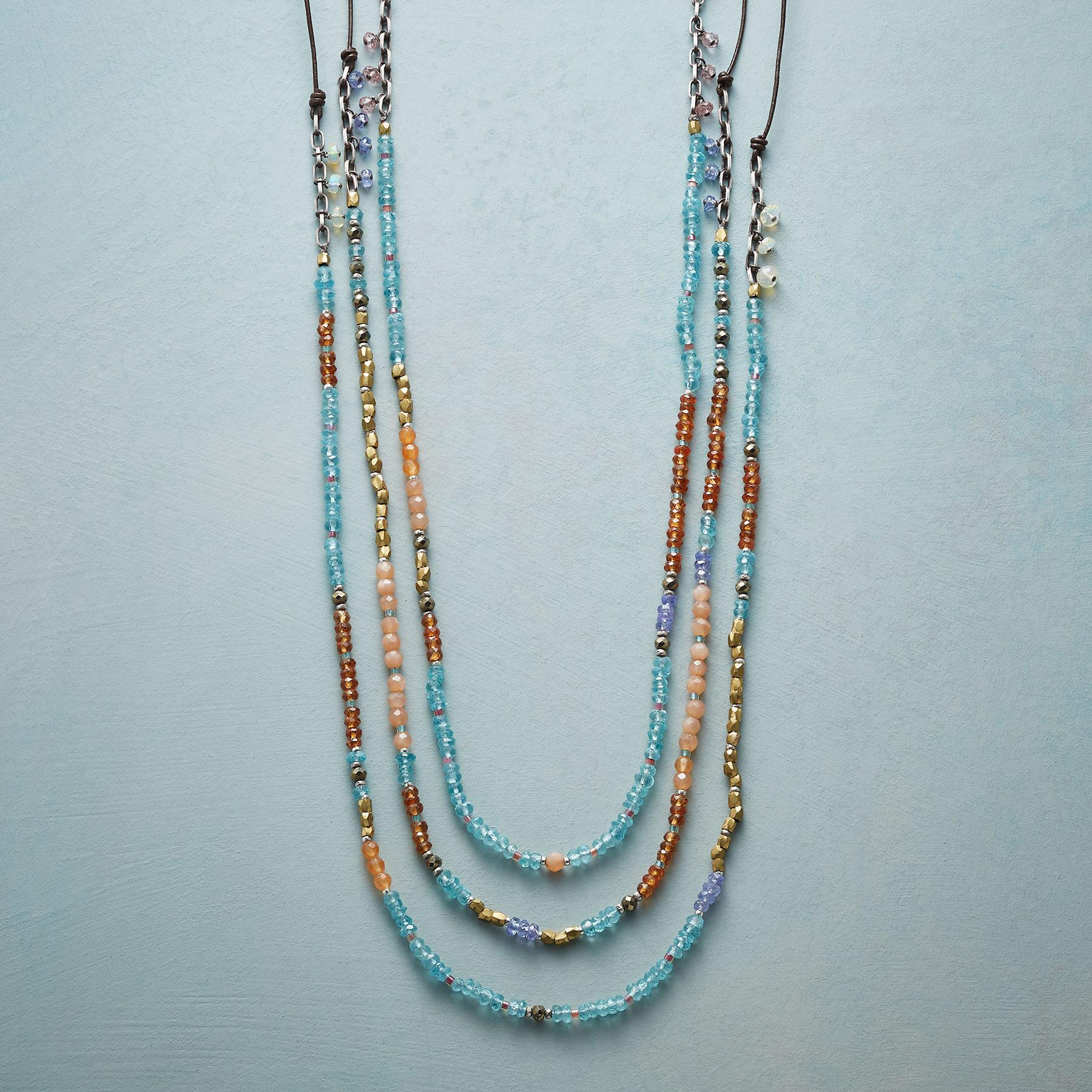 SERAI NECKLACE: View 1