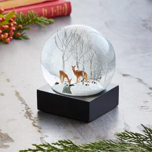 DEER IN ASPENS SNOWGLOBE
