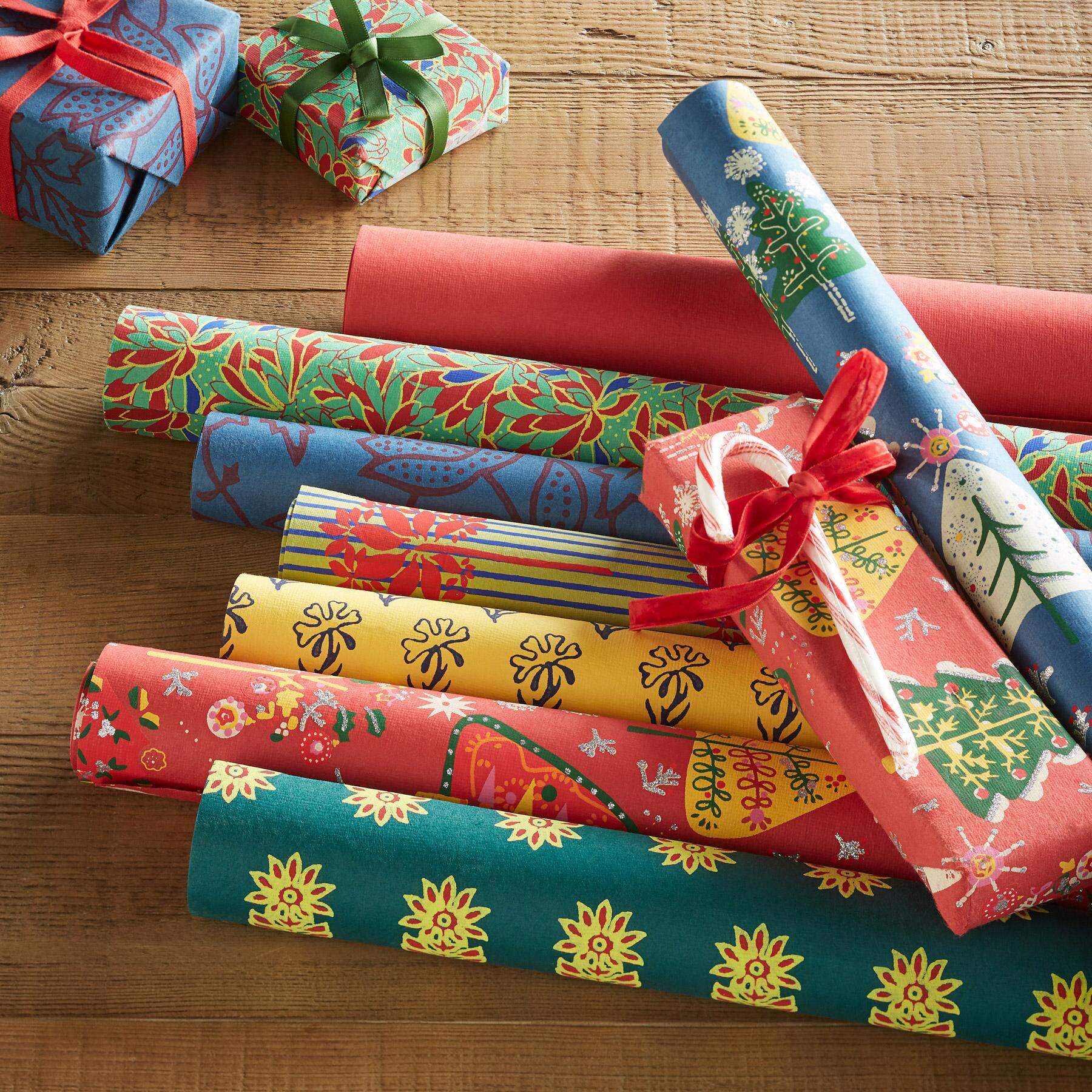 FESTIVE MIX WRAPPING PAPER, SET OF 8: View 1