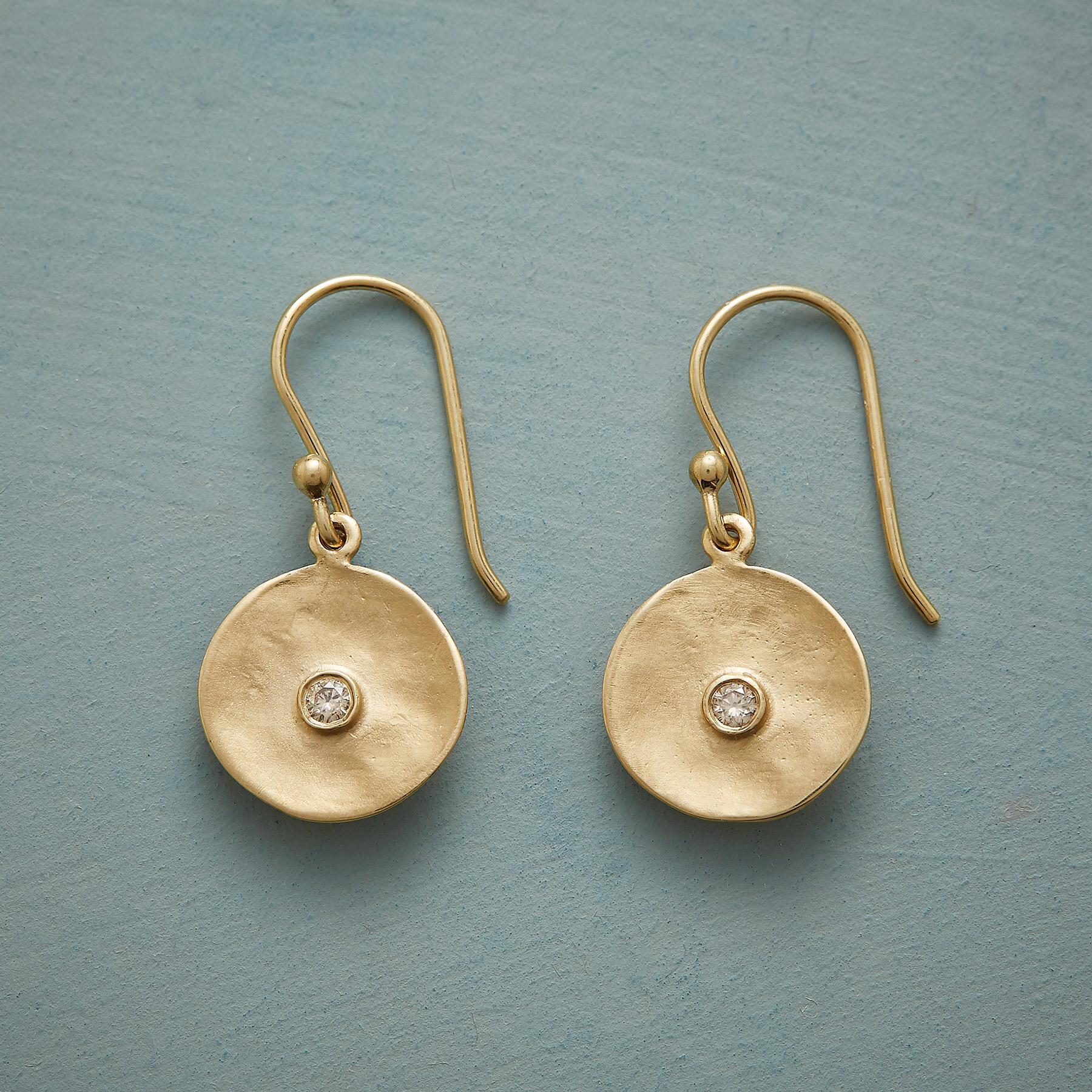 CUPPA CHAMPAGNE DIAMOND EARRINGS: View 1