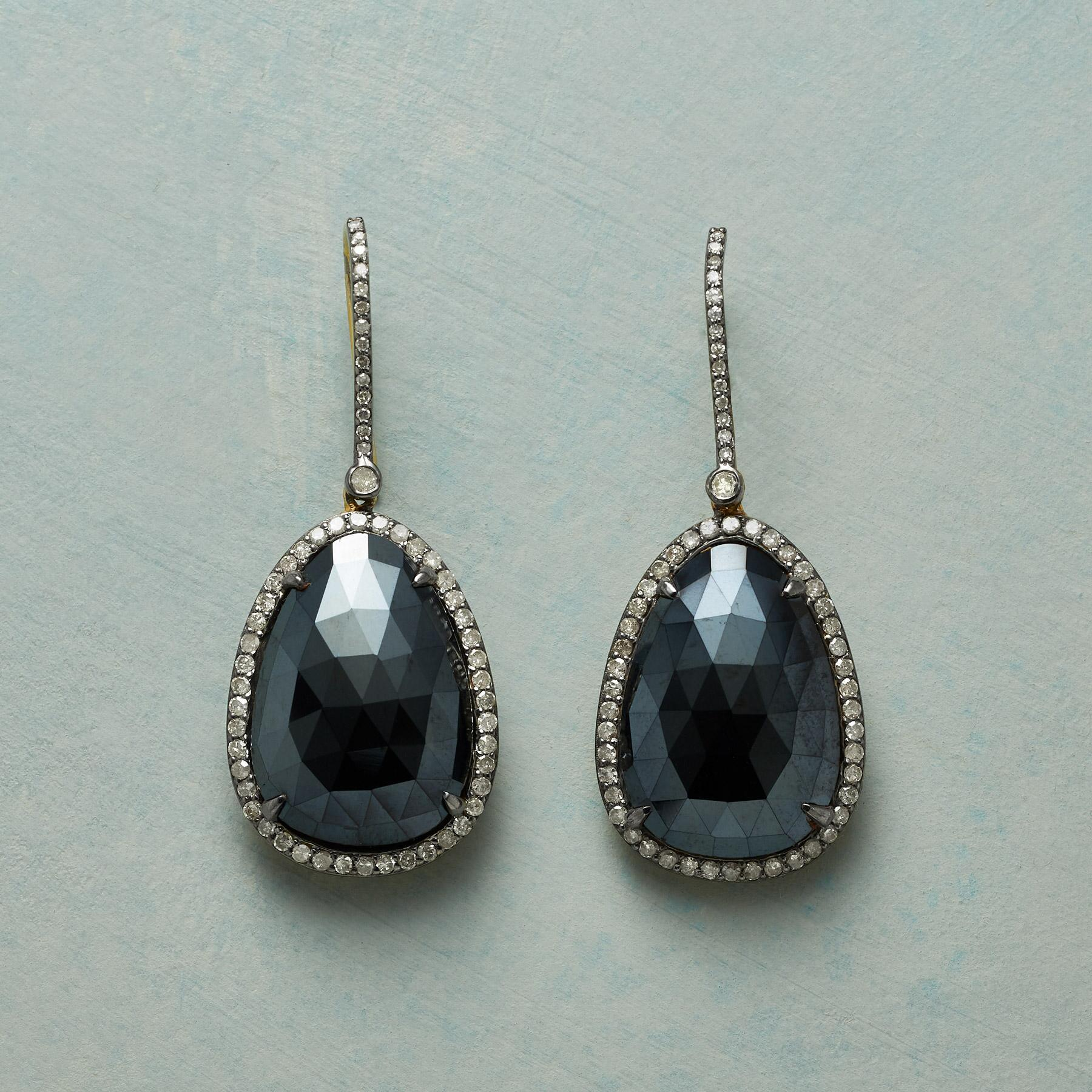 MAGNIFICENCE EARRINGS: View 1