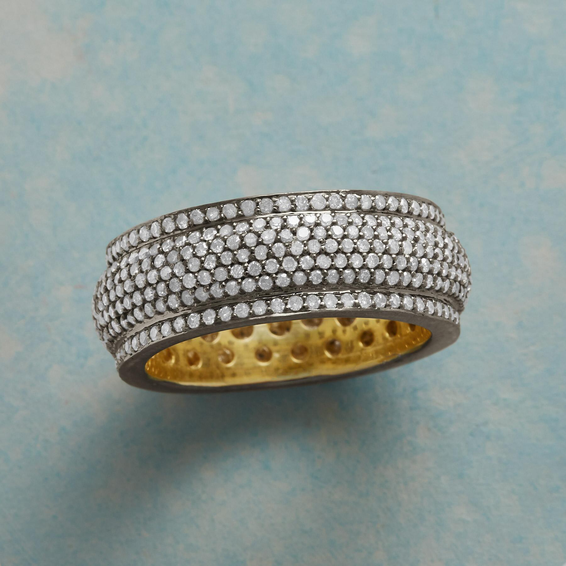 UNIVERSE DIAMOND RING: View 1