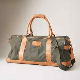 THE TRAVELER'S DUFFEL BAG