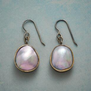 HEAVENLY PEARL EARRINGS